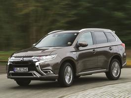 Nowy Mitsubishi Outlander PHEV – hybrydowy SUV zasilany także z gniazdka