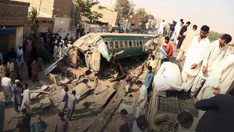 PAKISTAN TRAIN ACCIDENT (Passenger trains collided head-on in Karachi killing at least 17 passengers)
