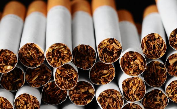 Holandia rzuca wyzwanie palaczom. Papierosy nie będą sprzedawane w supermarketach