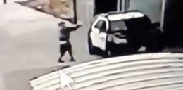 Podszedł do radiowozu i zaczął strzelać. Dwoje policjantów w stanie krytycznym
