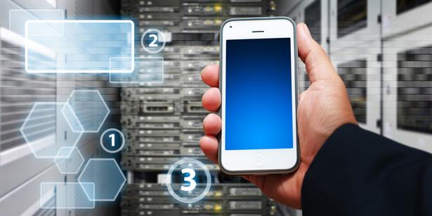 Dynamika rozwoju bankowości mobilnej jest wyższa niż bankowości internetowej na podobnym etapie rozwoju