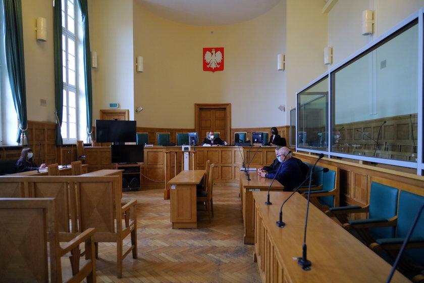 Sala Sądu okręgowego w Łodzi