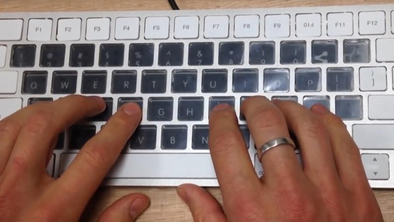 Technologia E-Ink w nowych klawiaturach Apple?
