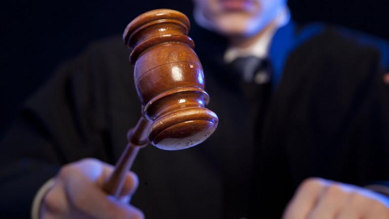 Sędzia wyrok