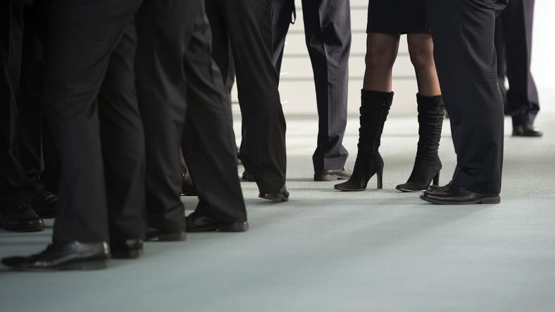 Kobietom ciężko się przebić na stanowiska opanowane przez mężczyzn