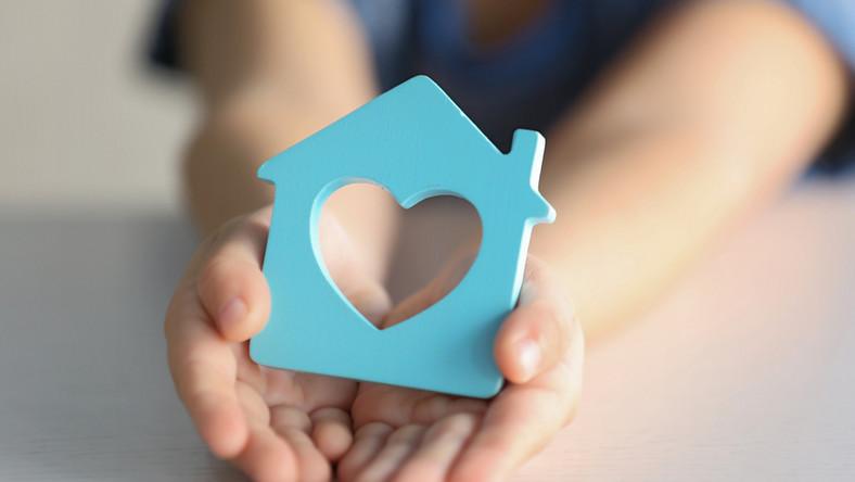 dom, rodzina, adopcja