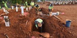 Kopią groby za karę. Co przeskrobali?