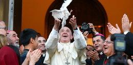 Papież Franciszek wzywa wiernych z całego świata