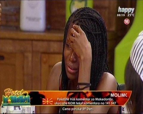 ANA I LAZAR IZBAČENI! Ejmi plakala i jecala zbog fudbalera, reagovalo i obezbeđenje!