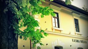 Stacja Kasina - w zabytkowej stacji kolejowej w Kasinie Wielkiej, znanej z filmów, powstał pensjonat