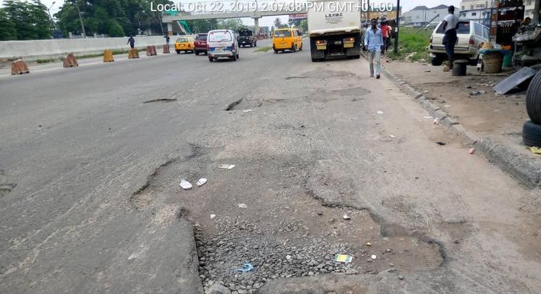 Road that needs fixing on Apapa-Oshodi expressway