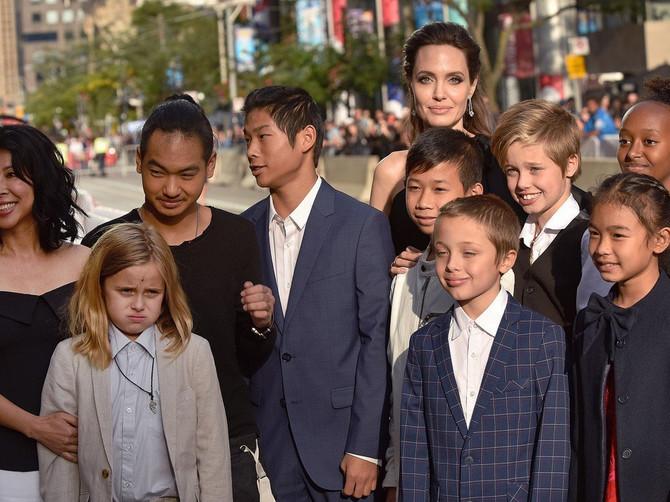 Kako stvarno žive deca Anđeline i Breda: Kao svi poznati naslednici ili ni nalik? Da vidimo
