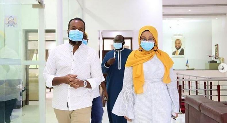 Mombasa Governor Ali Hassan Joho mourns with the family of youthful ICT CAS Nadia Ahmed Abdalla