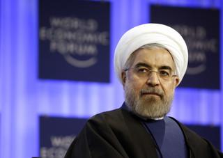 Prezydent Iranu ostrzega: Amerykańskie naciski wpłyną na regionalny eksport ropy