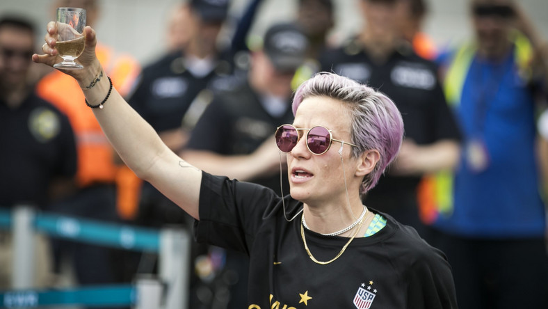 Rapinoe Blasts Critics Who Call Her 'Arrogant'