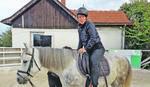 LEK ZA DUŠU U SEDLU Kako treninzi sa konjima u Aranđelovcu jačaju samopouzdanje
