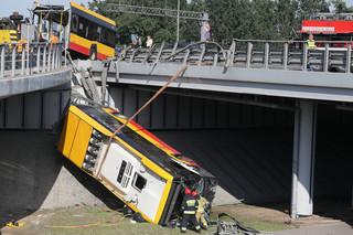 Po wypadku w Warszawie. Możliwości kontroli kierowców są ograniczone, samorządy i przewoźnicy chcą zmian