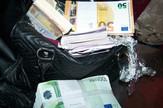 Neprijavljeni evri u torbici