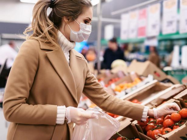 Zakupy spożywcze w pandemii