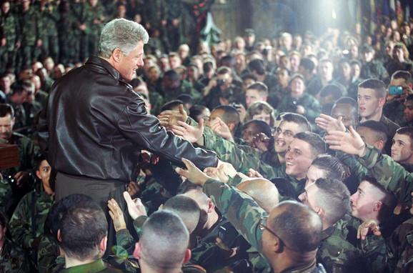 Jedna od poseta tadašnjeg američkog predsednika svojim vojnicima