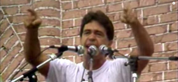 Karlos Leder u jednom od svojih političkih govora