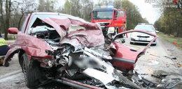 Cztery osoby ranne w wypadku. Zdjęcia