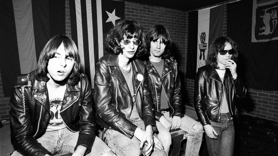 The Ramones (od lewej: Johnny, Joey, Dee Dee and Tommy Ramone)