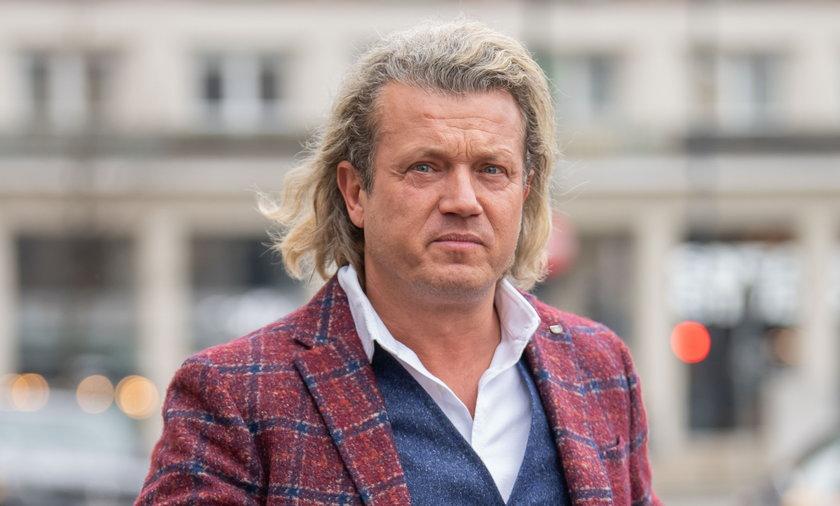 """Prokuratura przyjrzy się życiu Jarosława Jakimowicza. Takiemu, jak je opisał w """"autobiografii""""."""