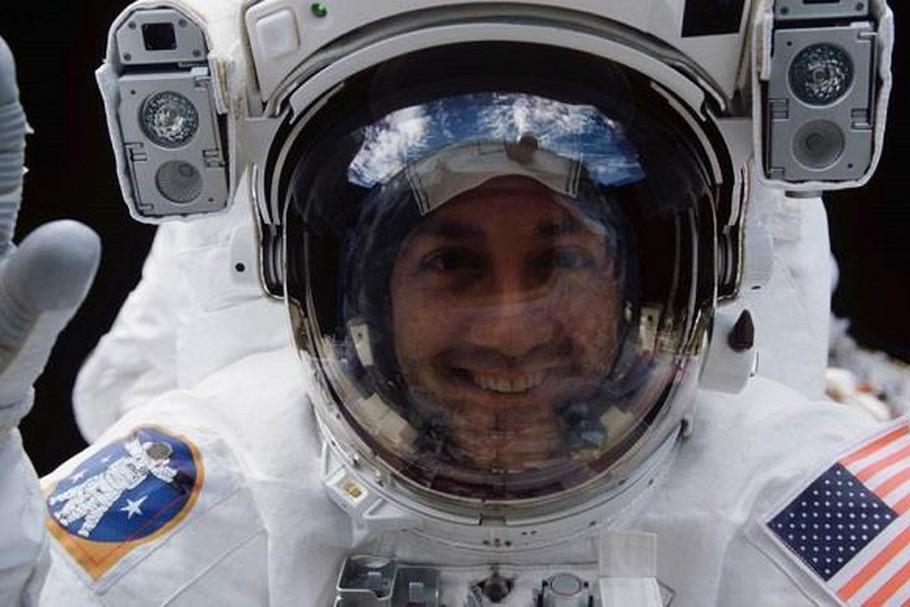 NASA Massimo spaceman