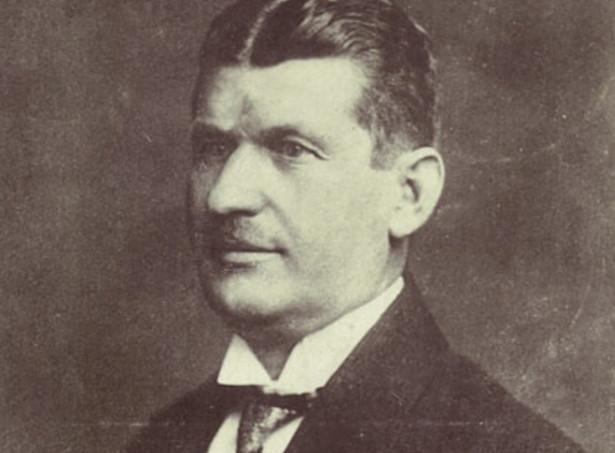 Tomáš Baťa (1876–1932), wrażliwy społecznie geniusz kapitalistycznej przedsiębiorczości, budowniczy przemysłowego giganta, człowiek z misją i wizją.
