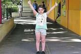 Iva Zvekić ispred klinike u bolonji na dan povratka kuci_280817_RAS_foto privatna arhiva 001