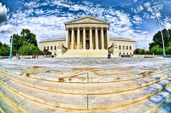 Nije izvesno šta će Vrhovni sud da odluči i da li će se uopšte uključiti u spor