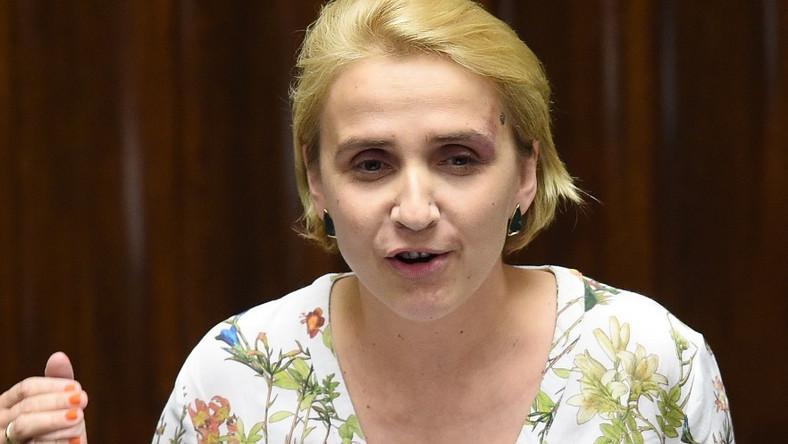 Pani poseł zdecydowanie nie postarała się o to, by dobrze wyglądać podczas wczorajszego posiedzenia Sejmu...