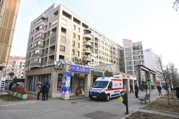 Poginuo mladić, pao sa krova zgrade