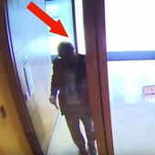 NI SLUTIO NIJE ŠTA MU SE SPREMA Ovo su poslednje sekunde života novinara Kašogija (VIDEO)