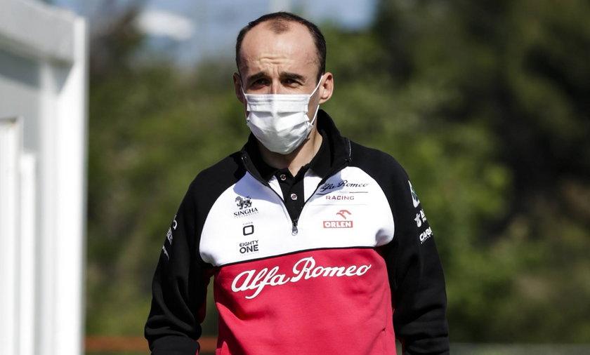 Robert Kubica zapewnia, że kontuzjowana ręka nie przeszkadza mu w prowadzeniu samochodu
