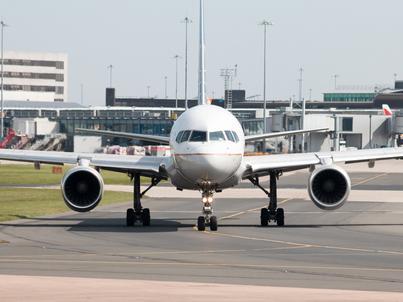 Tania ropa naftowa skłania linie lotnicze do opóźniania wymiany floty. To jednak strategia wyłącznie krótkoterminowa