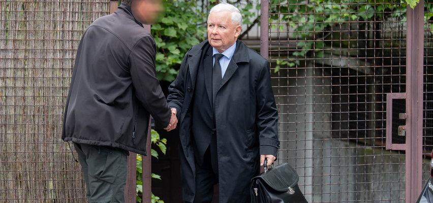 Kaczyński wrócił. Oto dowód. I od razu wziął się za mieszanie pionkami na politycznej szachownicy
