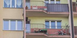 6-latek w piżamie spędził 15 godzin na balkonie. Za karę!