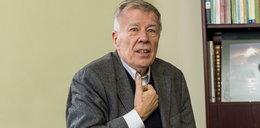 Prof. Jan Miodek padł ofiarą oszustów