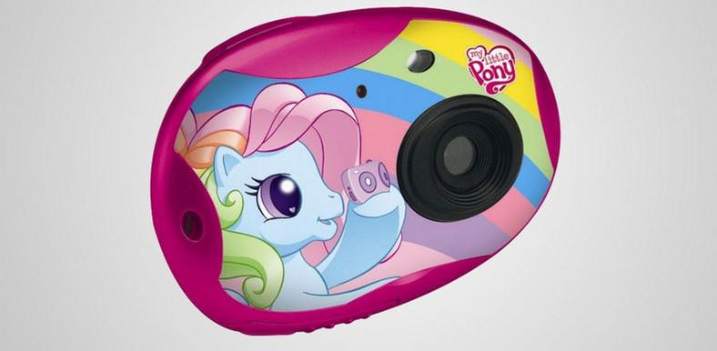 сочетает гладкую картинки пони с фотоаппаратом ещё
