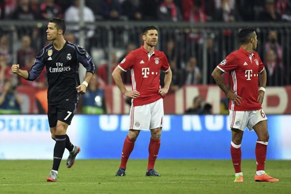 Ronaldo slavi prvi od dva gola u trijumfu Reala nad Bajernom od 1:2 u Minhenu