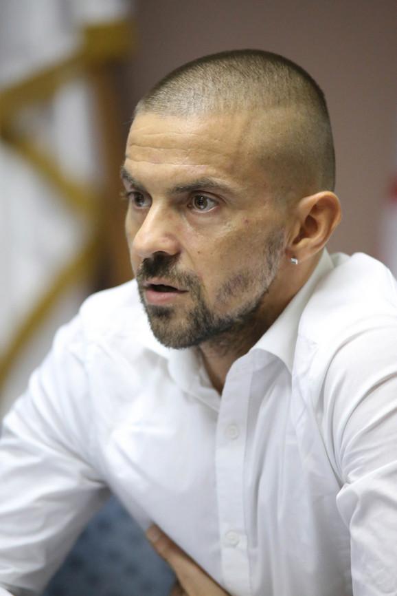 Ivan Miljković je pronašao brata blizanca, koji sada živi u Beogradu