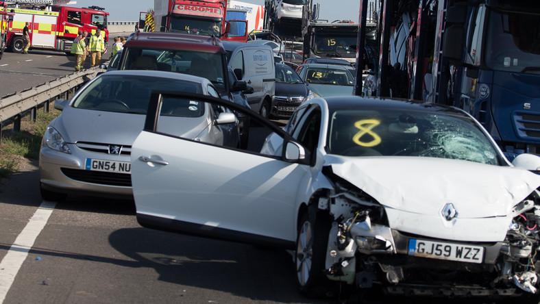 Do gigantycznej stłuczki doszło na drodze A249 na wyspie Sheppey. To ważna arteria łącząca autostrady M2 i M20. Przyczyna?