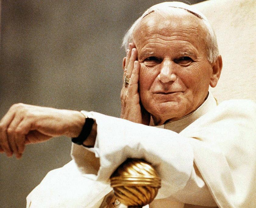Jan Paweł II wypędził demona. Biskup wybiegł ze strachu