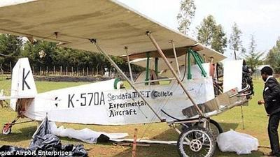 Man too short to be a pilot builds plane using youtube