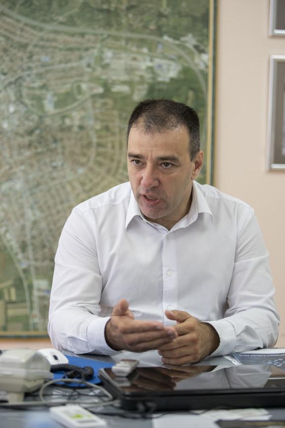 Paunović već krenuo u kampanju u Paraćinu, gde je gradonačelnik