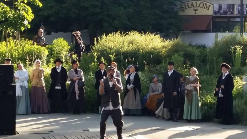 Spektakl w plenerze (Fot. Teatr Żydowski)
