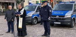 Nowiutkie radiowozy dla policjantów z Rzeszowa. Prezent od miasta