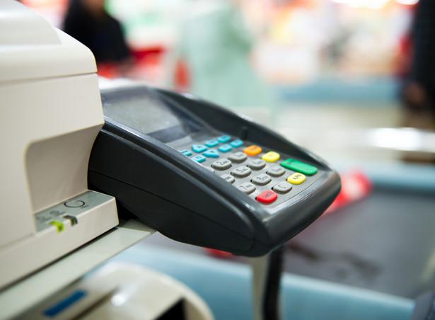 Urzędy skarbowe będą wyrywkowo kontrolowały sklepy i bary.